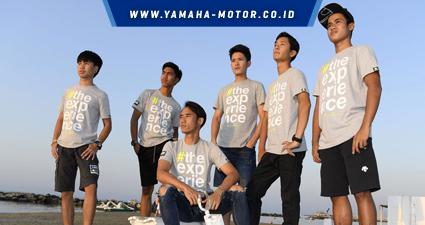 rtemagicc_keenam-rider-second-edition-yamaha-vr46-master-camp-galang-hendra-_berdiri-kanan_-_-imanuel-pratna-_duduk_